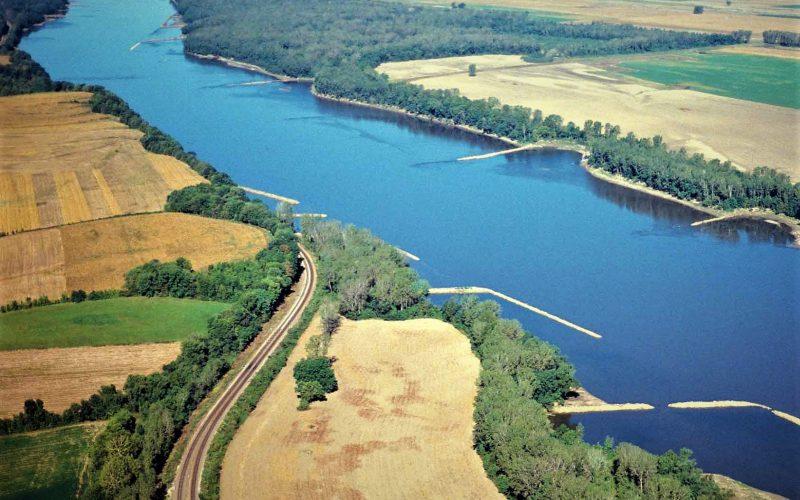 Missouri River image